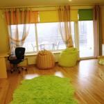 ruhigen Wohnzimmer mit Esche Massivholz Boden